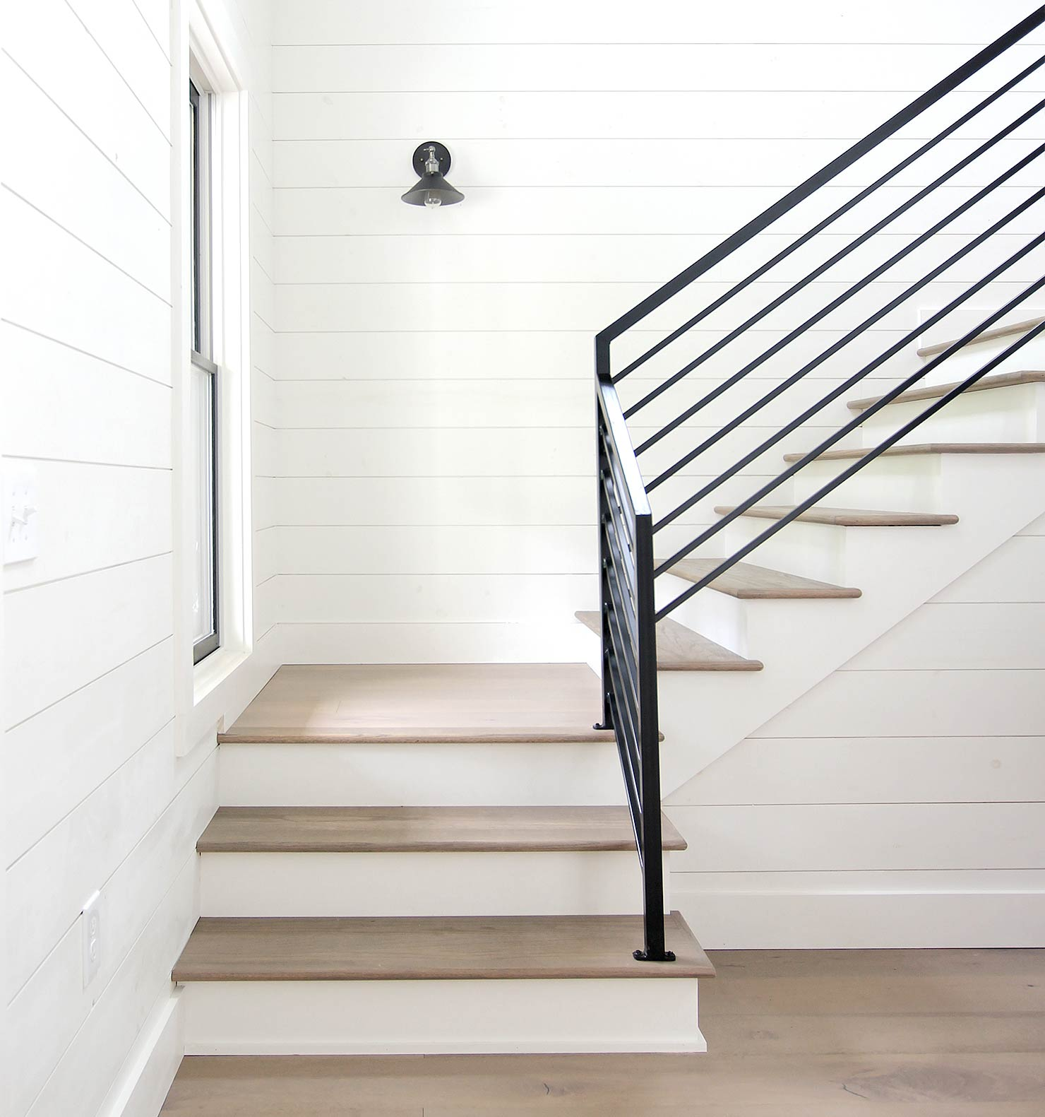 5 Tips for Better Interior Photos on Instagram - Plank and