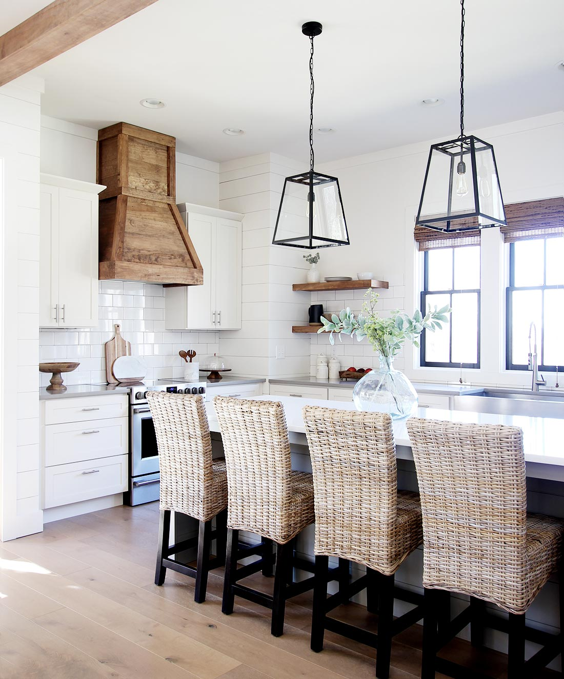 How to Build a Farmhouse Wood Range Hood - Plank and Pillow