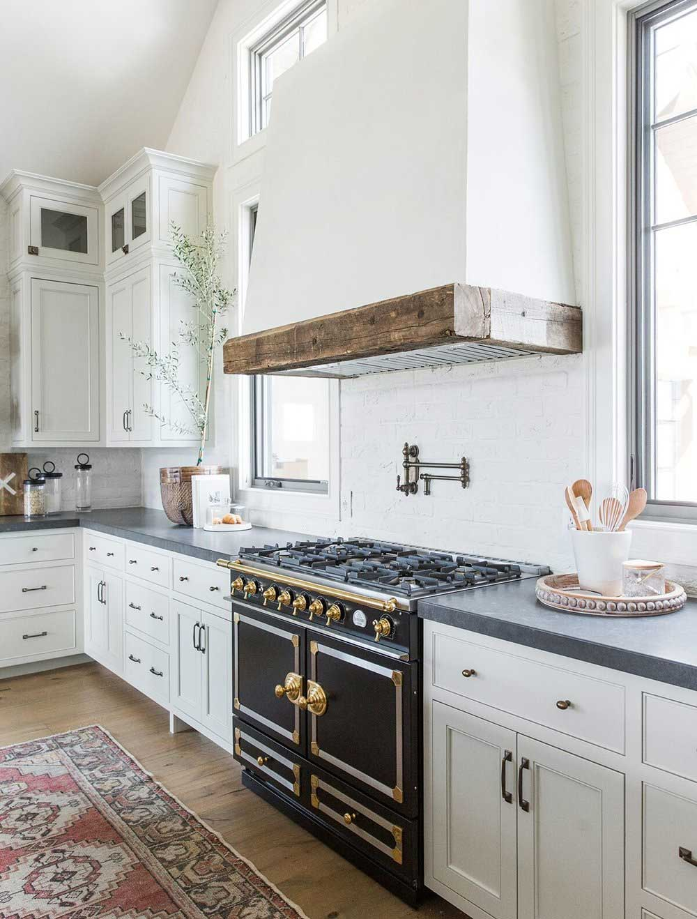 Choosing The Right Range Hood For A Kitchen Plank And Pillow
