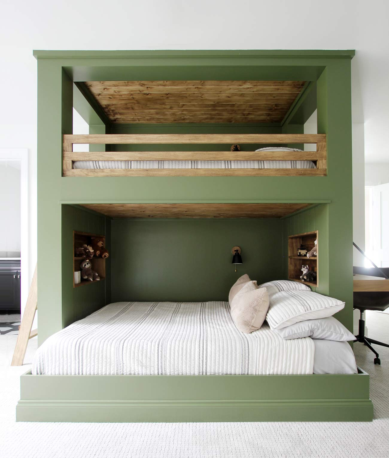 Built In Bunk Bed Reveal And Plan Plank And Pillow