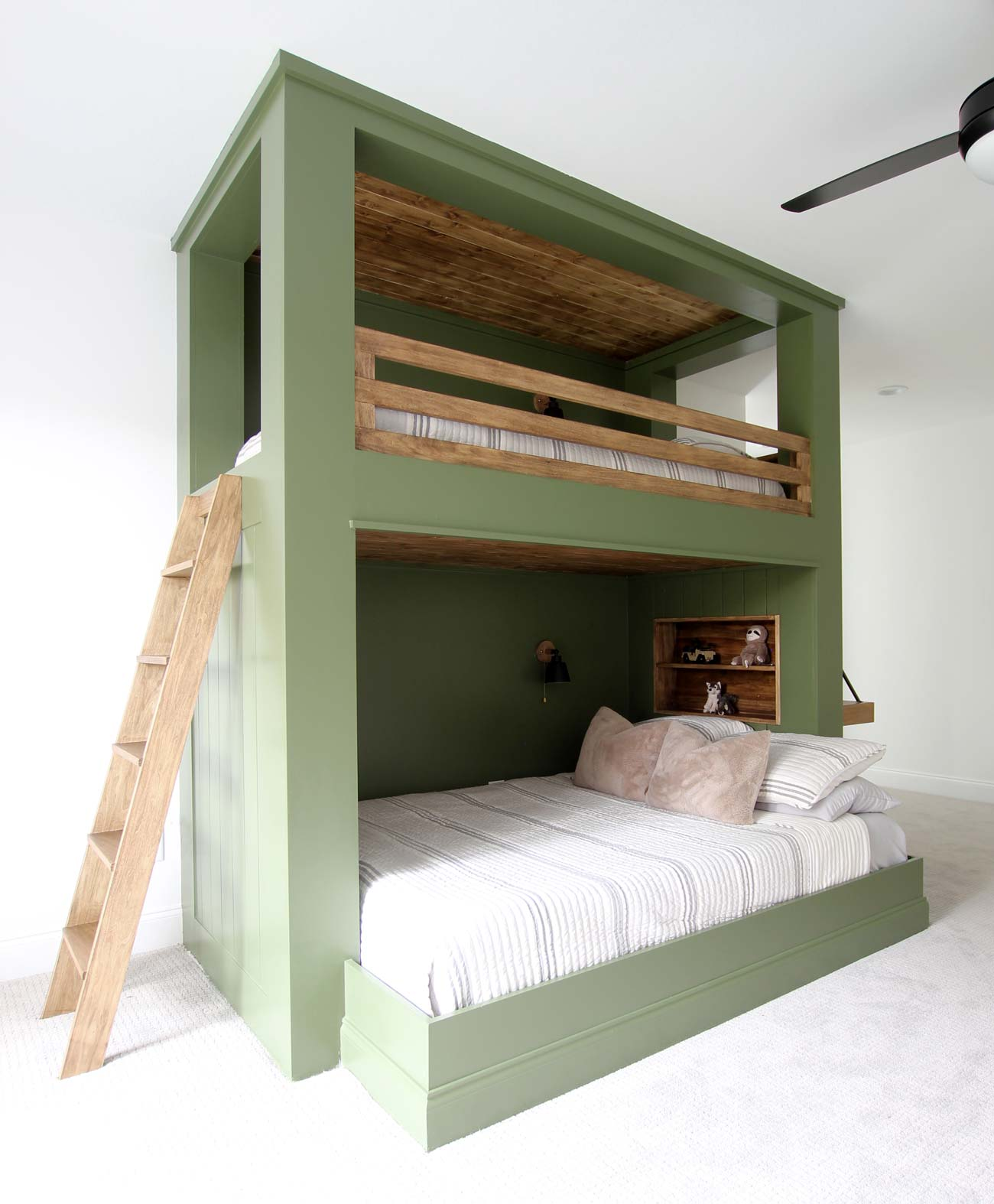 How To Build A Bunk Bed Ladder Plank And Pillow